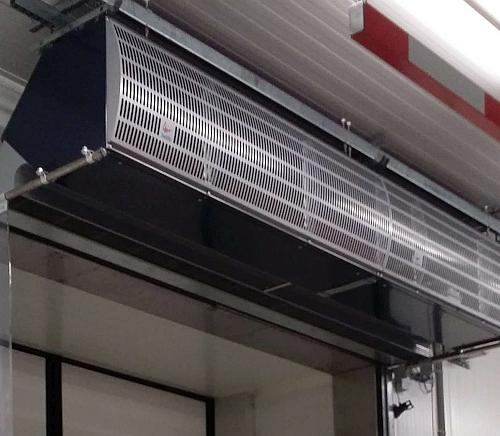 Biddle IndAC2 industrial air curtain combined with high-speed door